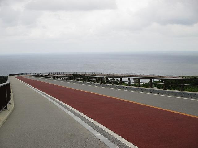 てぃーだ橋から見える海