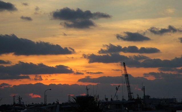 石垣港の夕日