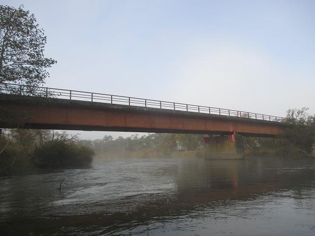 下から見る二本松橋