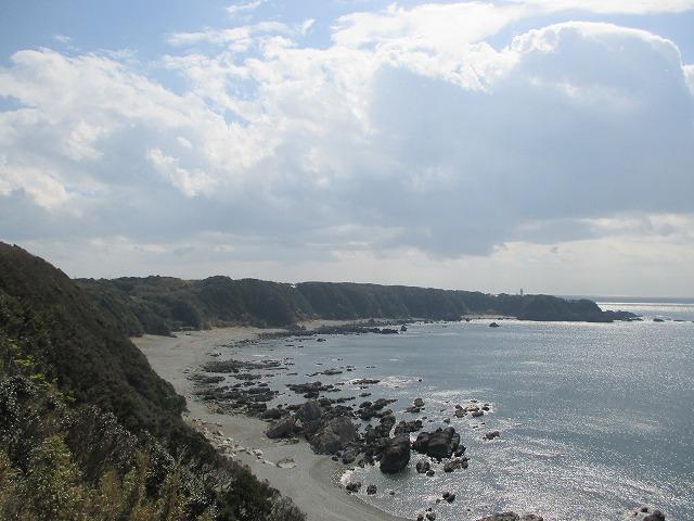 カーブしている海岸線