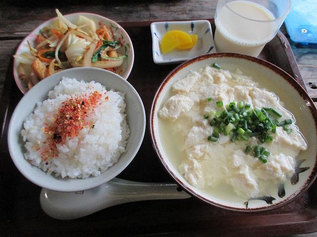 ゆし豆腐セット(小)と野菜炒め