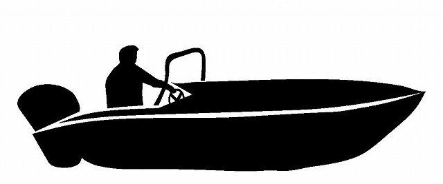 小型ボートのシルエット